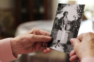 Biografiearbeit bei Alzheimer