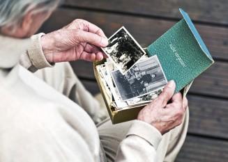 Erinnerungspflege bzw. Biografiearbeit bei Demenz