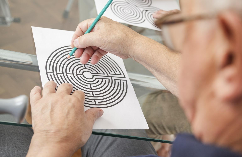 Gedächtnistraining für Senioren » Übungen • Quiz & Rätsel   pflege.de