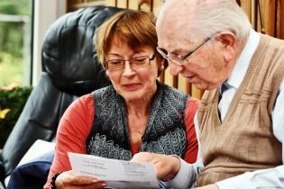 Pflegezusatzversicherung: Die richtige finden